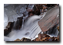 Petit cours d'eau gele. Cascade du Nideck